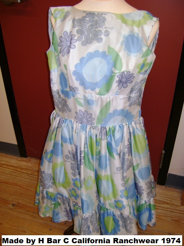 SDFNE-UNH dresses 020